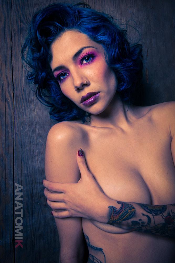 Custom Porn with Dahlia Saint